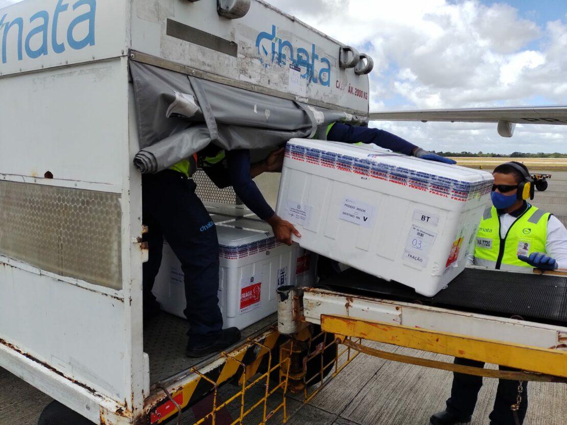 Sesap recebe lotes de Astrazeneca/Fiocruz e Coronavac